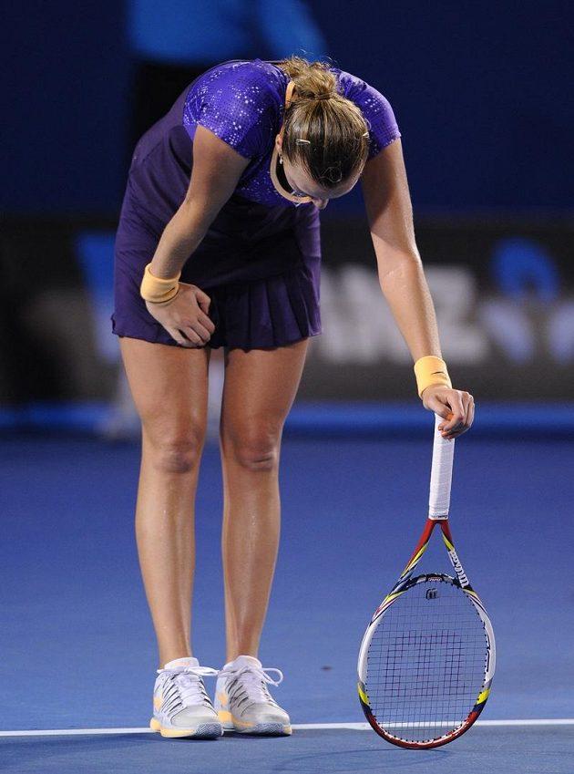 Petra Kvitová se v utkání proti Lauře Robsonové trápila.