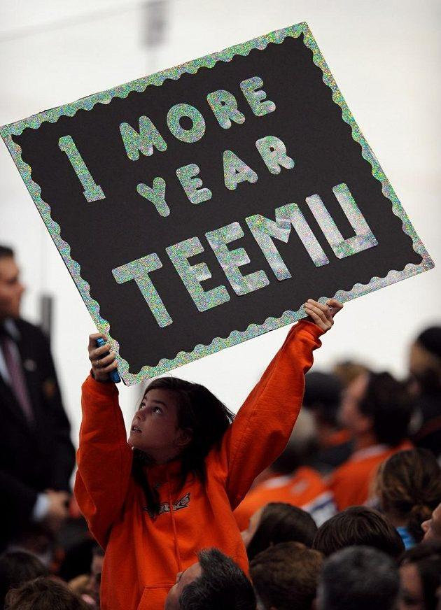 Rozhodnutím ještě o rok prodloužit svoji úspěšnou kariéru splnil Teemu Selänne i přání fanoušků Anaheimu