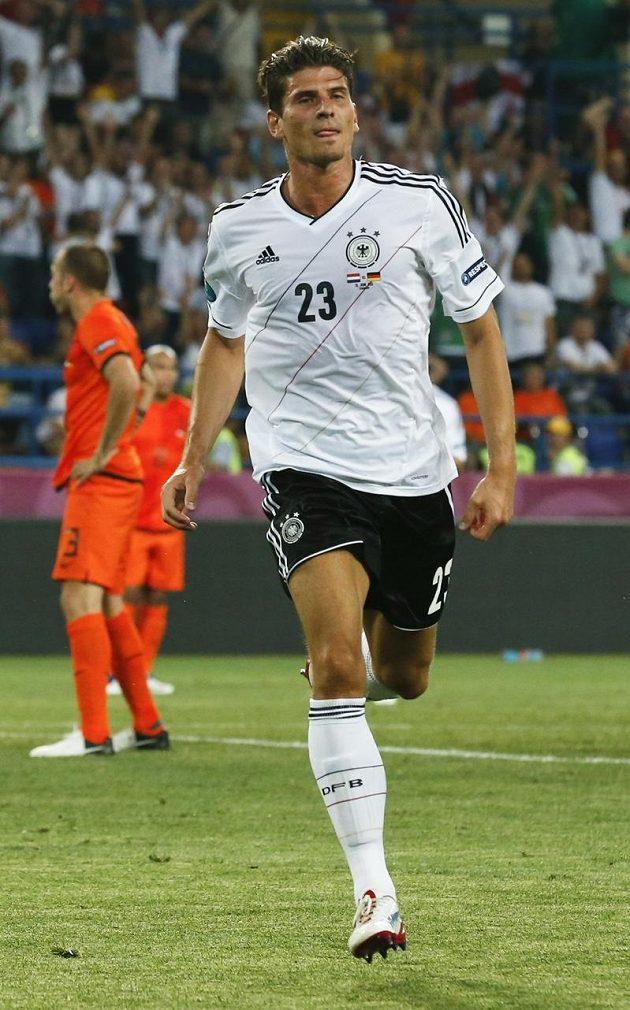 Německý superstřelec Mario Gomez osvědčil i v duelu s Nizozemskem své kvality.