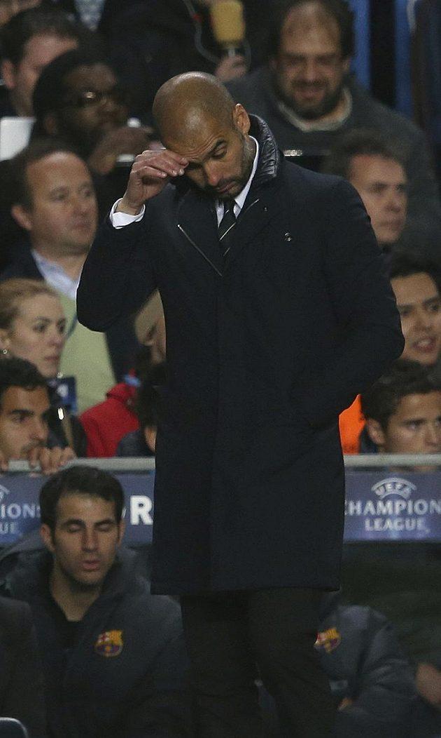 Kouč Josep Guardiola nebyl s výkonem Barcelony moc spokojen.