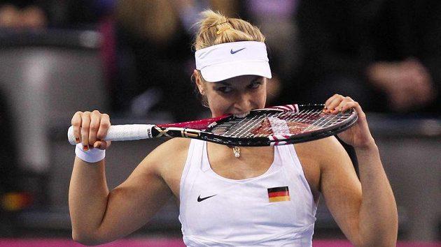 Sabine Lisická během zápasu s Petrou Kvitovou.