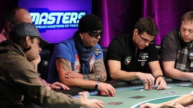 Dva čeští zástupci na finálovém stole. A že je bylo vidět!