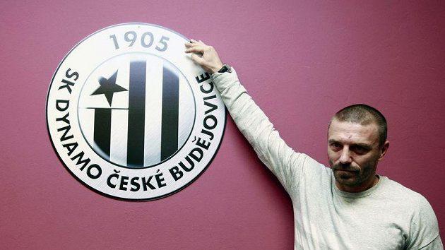 Tomáš Řepka pod logem svého nového klubu.