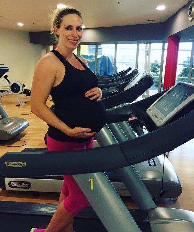 Těhu v běhu: Běhat lze i v devátém měsíci těhotenství.