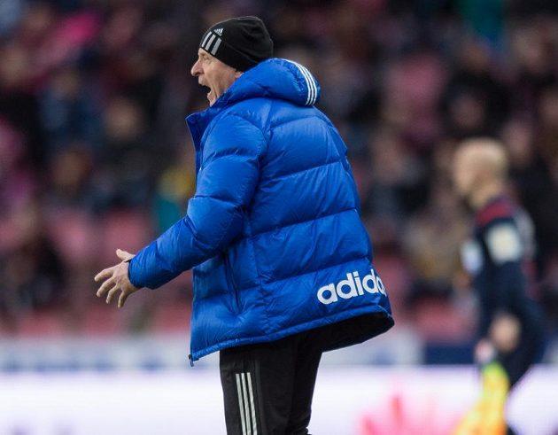 Trenér Mladé Boleslavi Karel Jarolím během utkání na Spartě.