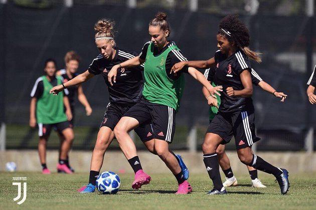 Útočnice Andrea Stašková na tréninku Juventusu Turín.