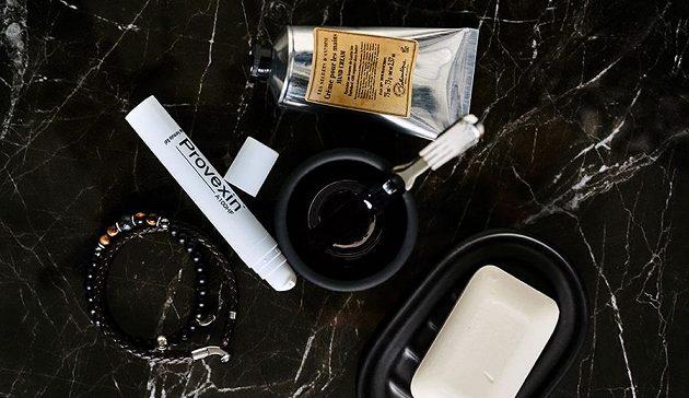 Provexin® A100HF působí lokálně tam, kde chcete podpořit růst vlasů. Snadno se aplikuje a dobře proniká do pokožky hlavy.