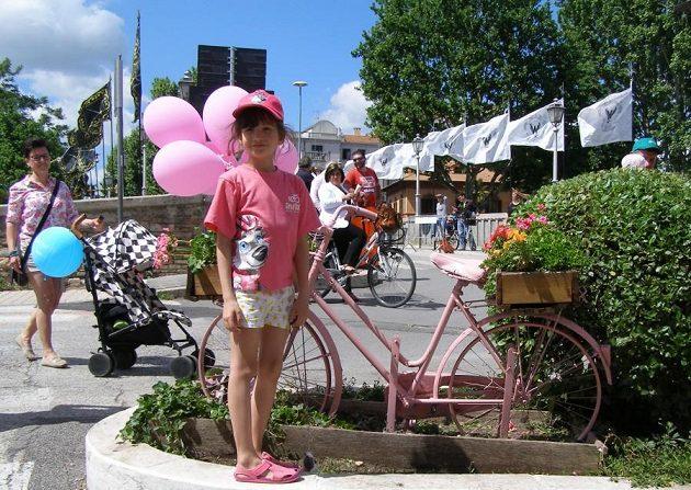 Když se jede slavné Giro d'Italia, je v Itálii cyklistika sportem číslo 1. Zavládne růžové šílenství.