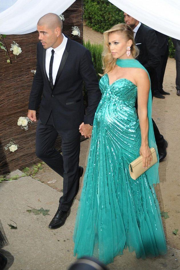 Gólman Victor Valdés s modelkou Yolandou Cardonovou.