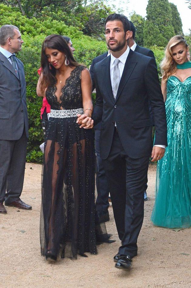 Na svatbě nechyběl ani Cesc Fábregas, kterého doprovázela Daniella Semaanová.