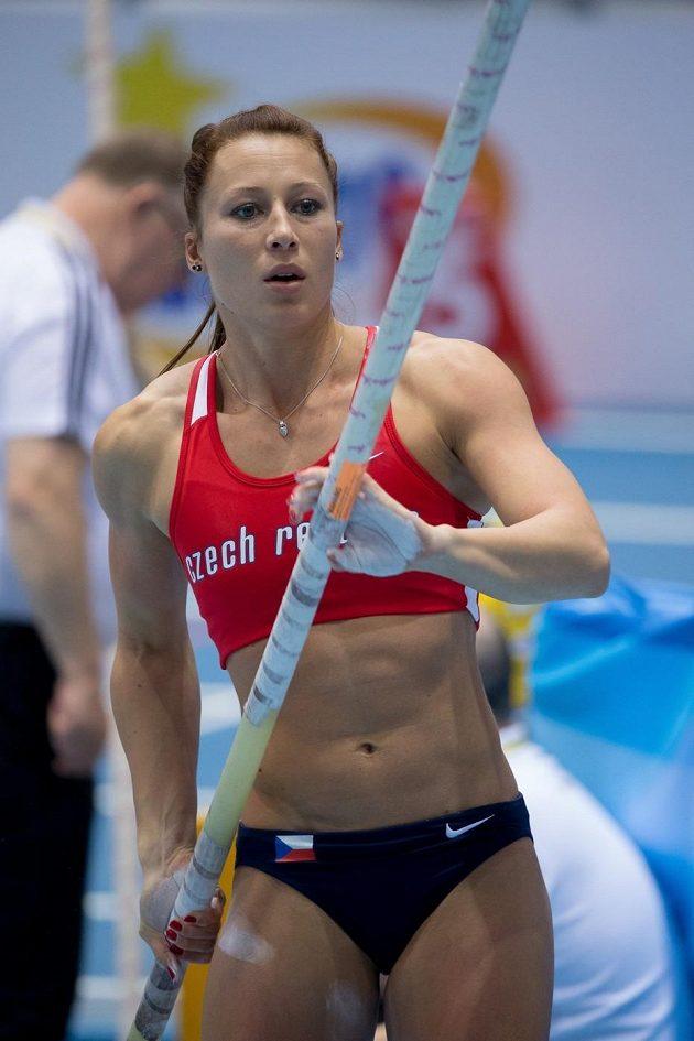 Česká tyčkařka Jiřina Svobodová.