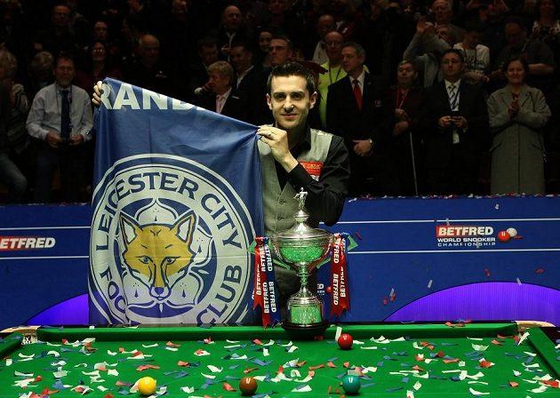 Mark Selby mohl oslavit dva mistrovské tituly najednou...