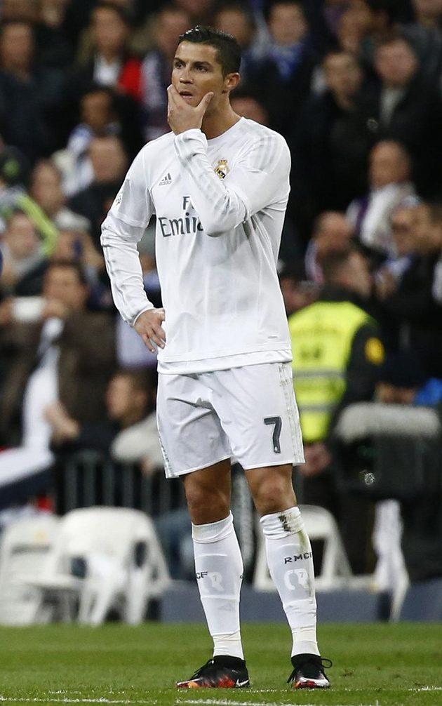 Hvězda Realu Madrid Cristiano Ronaldo během zápasu s Barcelonou.