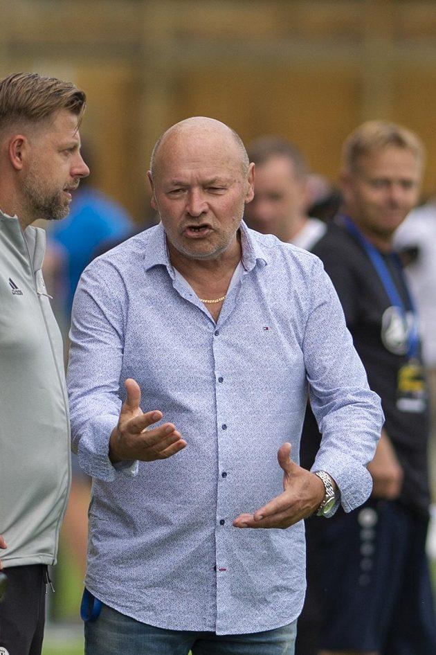 Zleva trenér Českých Budějovic David Horejš a trenér Hradce Králové Miroslav Koubek.