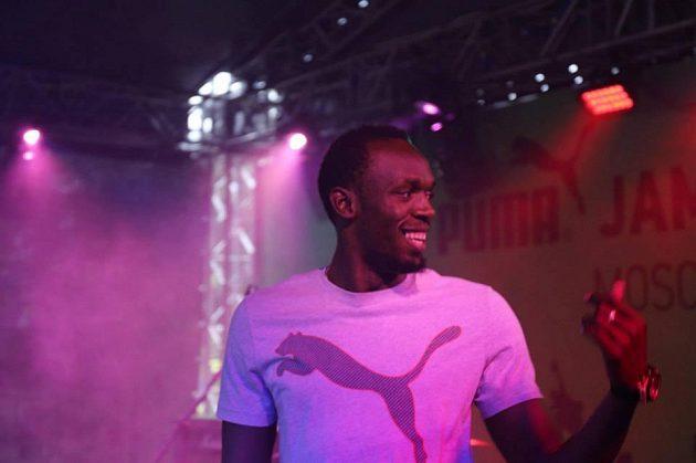 Usain Bolt při jamajské party v Moskvě.