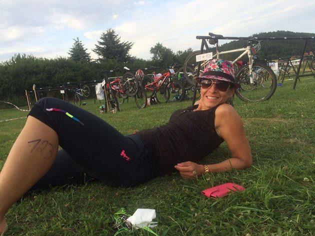 Lucie Švecová za pět let vymazala ze svého těla téměř 50 kilo hmoty. Dnes rozdává úsměvy.