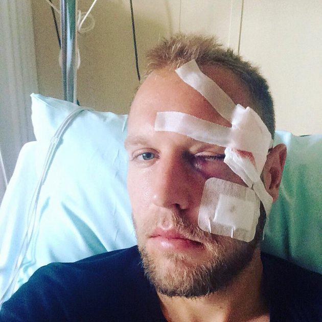 Daniel Kolář po operaci.