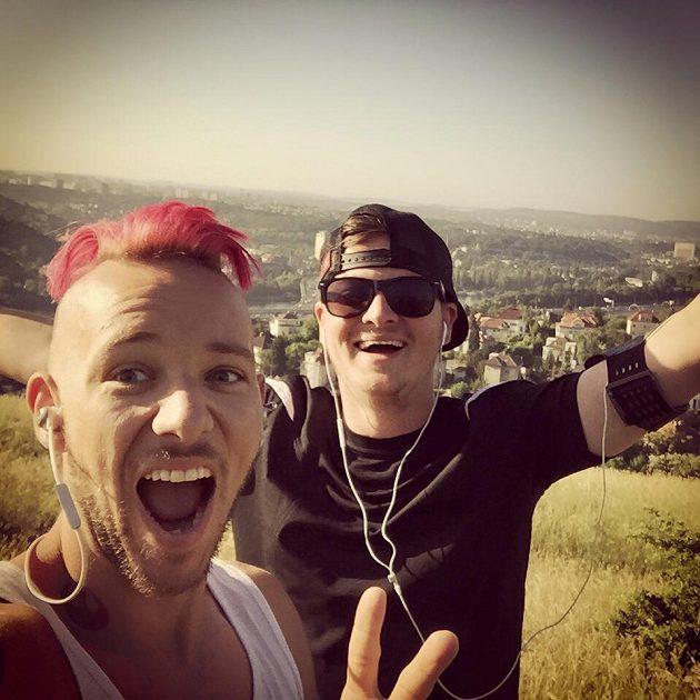 Kazma po tréninku s Jacobem. Bude se smát i v Olomouci?