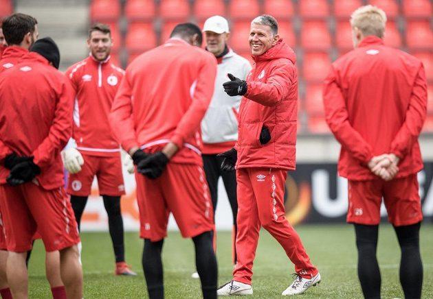 Trenér Jaroslav Šilhavý během tréninku před utkáním Evropské ligy s Astanou.