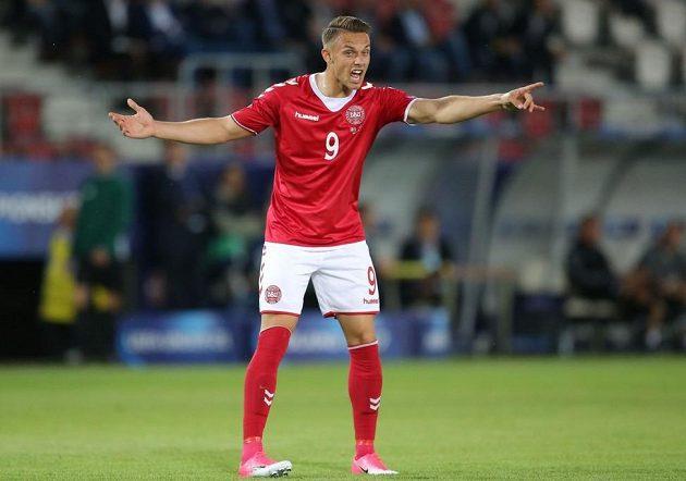Dánský fotbalista Marcus Ingvartsen v utkání ME hráčů do 21 let proti Itálii.