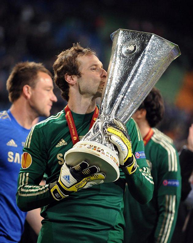 Celkem patnáct trofejí získal v barvách Blues Čech. Rok po vítězství v Lize mistrů dosáhl i na pohár pro vítěze Evropské ligy. Chelsea v cestě za vítězstvím vyřadila i pražskou Spartu, které nepomohl ani gól Davida Lafaty na Stamford Bridge.