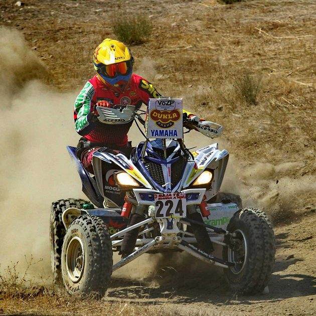 Ollie Roučková se v přípravě na Dakar nešetří.