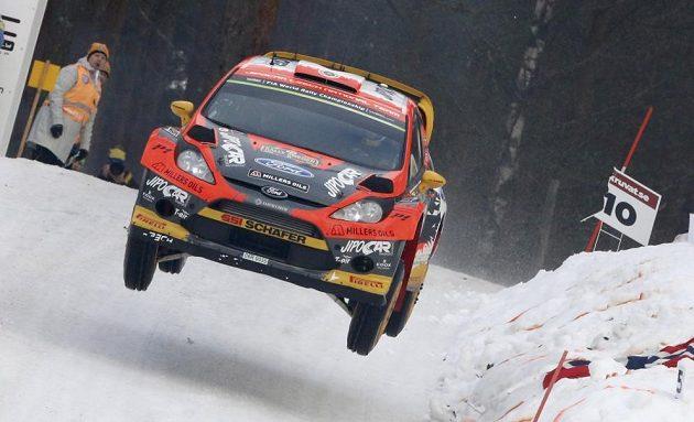 Martin Prokop s Fordem Fiesta WRC během Švédské rallye.