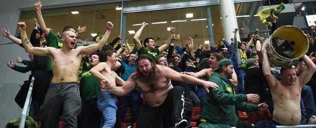 Fanoušci hokejového Vsetína.