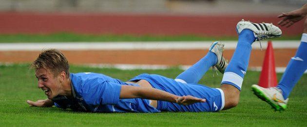 Ústecký záložník Jan Peterka se raduje z gólu proti Slavii.