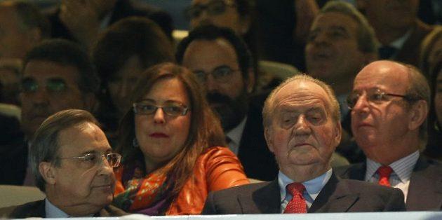 Utkání s Dortmundem sledoval v hledišti i španělský král Juan Carlos (druhý zprava).