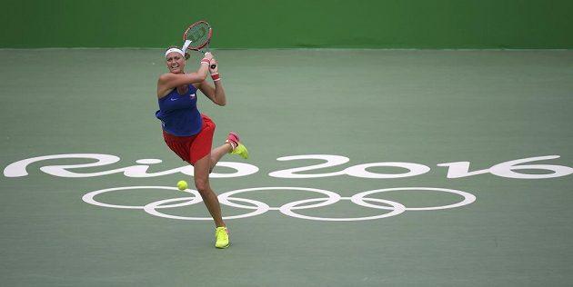 Petra Kvitová v zápase s Dánkou Caroline Wozniackou v druhém kole olympijského turnaje.