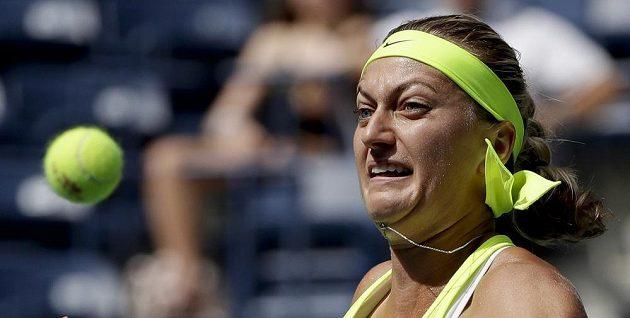 Petra Kvitová v zápase s Caglou Büyükakcayovou z Turecka v druhém kole US Open.