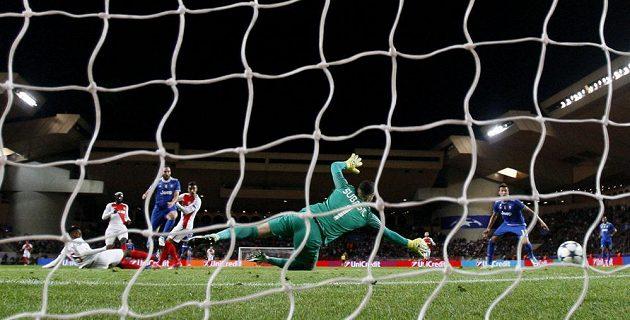 Monako inkasuje první gól v semifinále Ligy mistrů proti Juventusu.