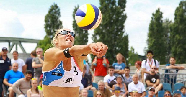 Michala Kvapilová při utkání na MS ve Vídni.