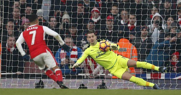 Alexis Sánchez precizním obloučkem z penalty rozhodl!