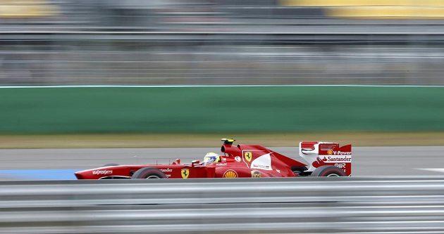 Pilot Ferrari Massa se kvůli kolizi, k níž došlo krátce po startu korejské Grand Prix, propadl až na konec pořadí.