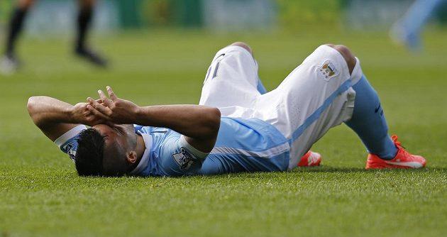 Zraněný útočník Manchesteru City Sergio Agüero.
