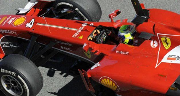 Felipe Massa při testech nového vozu v Jerezu.