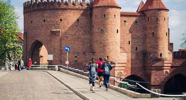 Runmageddon Warsaw: Bloumavější běžci se mohli pokochat i panoramaty starého města.