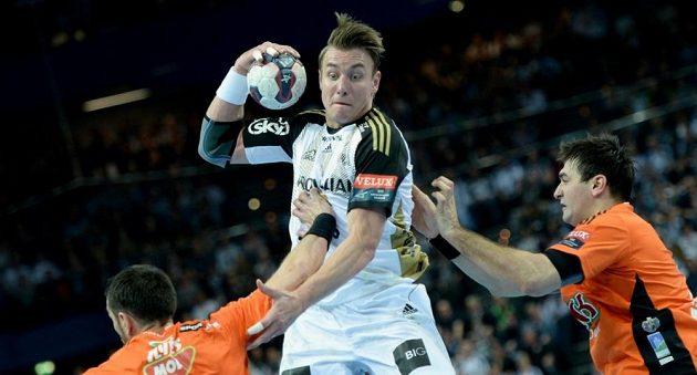 Filip Jícha chtěl v Kielu zakončit kariéru, teď však míří do Barcelony.