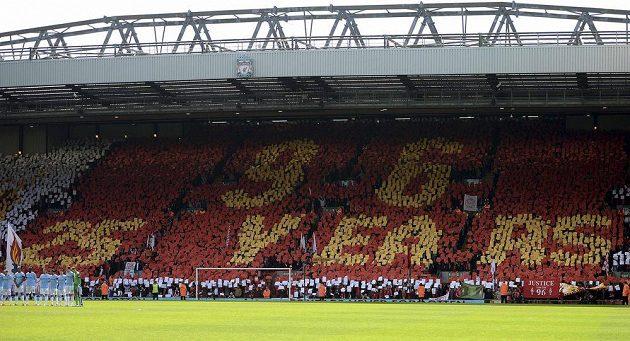 Choreo liverpoolských fanoušků připomínající tragédii v Hillsborough, od které uběhlo 25 let.