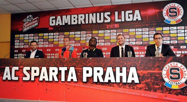 Tisková konfrence Sparty Praha k příchodu letních posil.