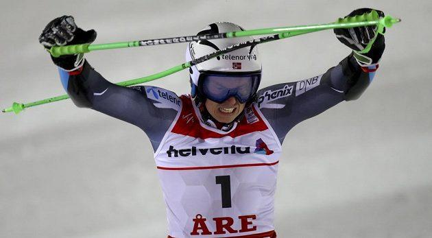 Norská radost! Henrik Kristoffersen vyhrál obří slalom v Aare a poprvé se stal mistrem světa.