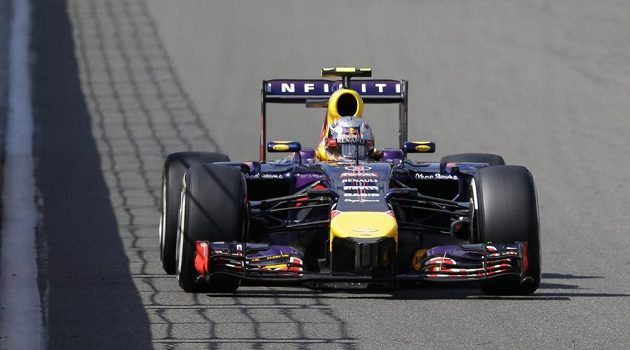 Australan Daniel Ricciardo ze stáje Red Bull vyhrál Velkou cenu Belgie.