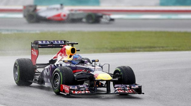 Sebastian Vettel z Red Bullu nakonec VC Malajsie ovládl.