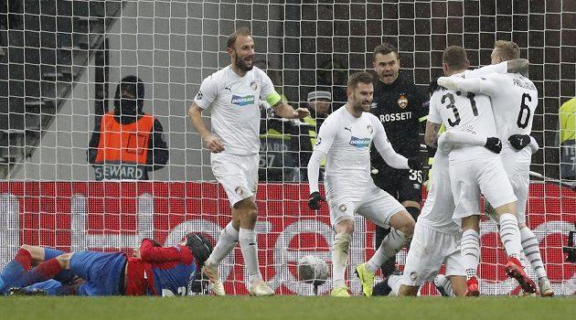 Plzeńská radost po druhém gólu v síti CSKA Moskva v utkání fotbalové Ligy mistrů.