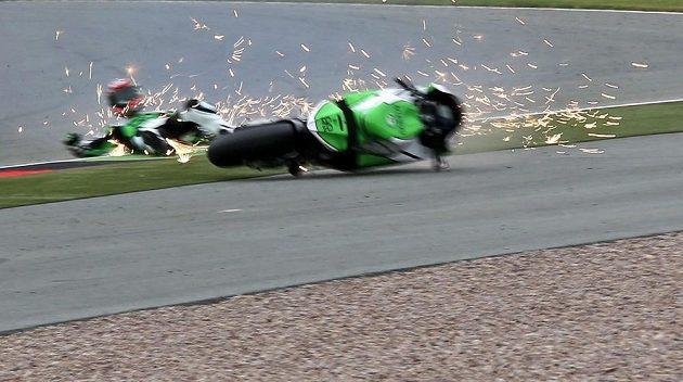 Pádu se nevyhnul ani australský jezdec Bryan Staring.