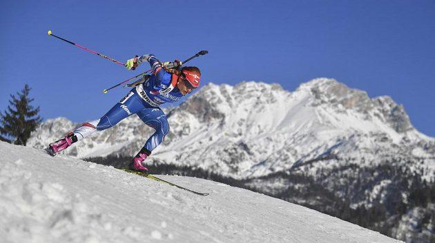 Šampiónka v akci. Gabriela Koukalová na trati sprintu na mistrovství světa v Hochfilzenu. Nakonec byla v cíli nejrychlejší.