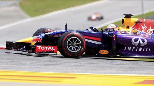 Monopost úřadujícího mistra světa Sebastiana Vettela během závodu na Red Bull Ringu.