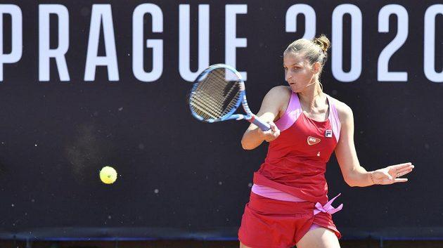 Karolína Plíšková v utkání proti Barboře Strýcové.